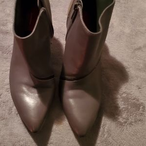 Saks fifth Avenue Red label boots are size 8